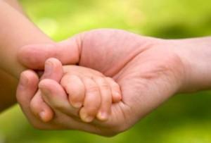 parent_child_hands1